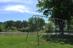 Cherokee Lakes - Swing Set